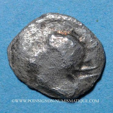 Coins Narbonne. Obole au bucrâne, 250-150 av J-C