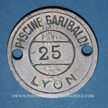 Coins Lyon (69). Piscine Garibaldi, n° 25. Jeton publicitaire, contremarques B et 6 au revers