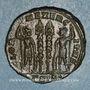 Coins Constance II, césar (324-337). Centenionalis. Siscia, 3e officine. 334-335. R/: deux soldats