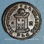 Coins Constantin II, césar (317-337). Centenionalis. Lyon, 1ère officine, 322-323. R/: autel