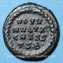Coins Constantin II césar (317-337). Follis. Thessalonique 2e officine, 318-319. R/: VOT.V/ MVLT.X/ CAESS